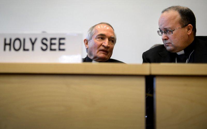 Silvano Tomasi(stanga) si Charles Scicluna, la intrunirea de la Geneva
