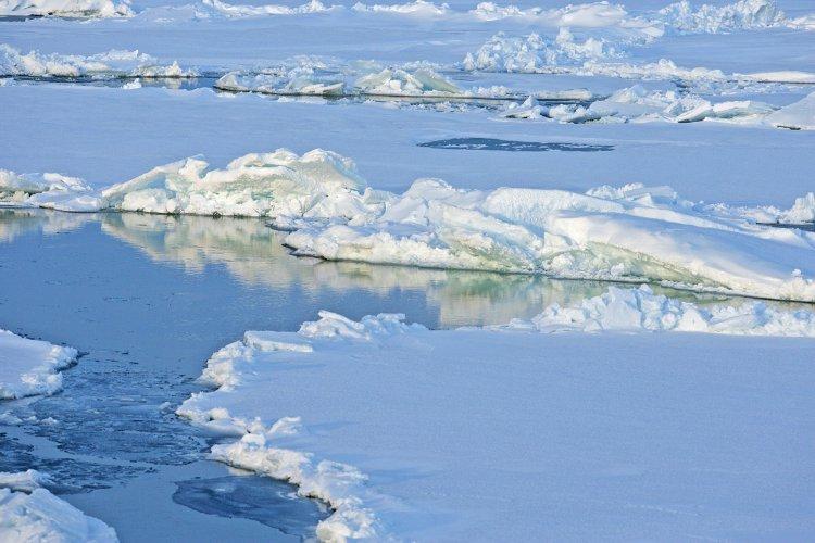 Oceanul Arctic calota glaciara
