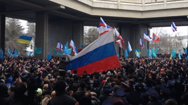 352393_Ukraine-crimea-protest