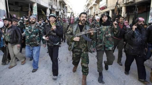 record-tragic-in-siria-peste-300-de-morti-intr-o-zi-dupa-18-luni-de-conflict-11