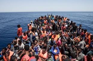 Peste 100.000 de refugiați au pătruns în primele 6 săptămâni din an pe teritoriul Uniunii Europene