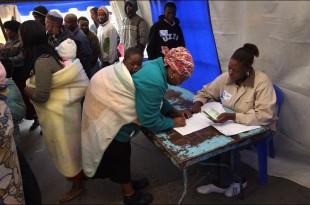 """""""Super-Duminica"""" algerilor în Africa: alegătorii din 5 state africane votează pentru desemnarea președinților și a membrilor parlamentului, în timp ce în Senegal are loc un referendum național"""