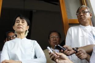 Parlamentul din Myanmar a confirmat prin nominalizarea unuia dintre apropiații liderei pro-democrate Aung San Suu Kyi că aceasta nu va participa la procedura alegerii viitorului șef de stat, care va fi învestit în urma unui vot al membrilor Parlamentului