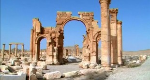 """Ruinele orașului antic Palmyra se află pe lista patrimoniului mondial cultural al UNESCO, însă multe dintre acestea au fost distruse de militanții Statului Islamic care le-au catalogat drept """"construcții idolatre"""""""