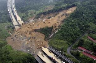 sri lanka alunecare de teren