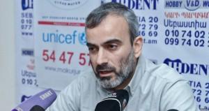 Eliberarea lui Jirair Sefilian, fost comandat militar și unul dintre liderii opoziției, este principala revendicare a persoanelor înarmate care au ocupat postul de poliție din capitala Erevan