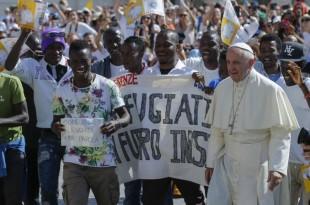 papa francisc refugiati vizita polonia