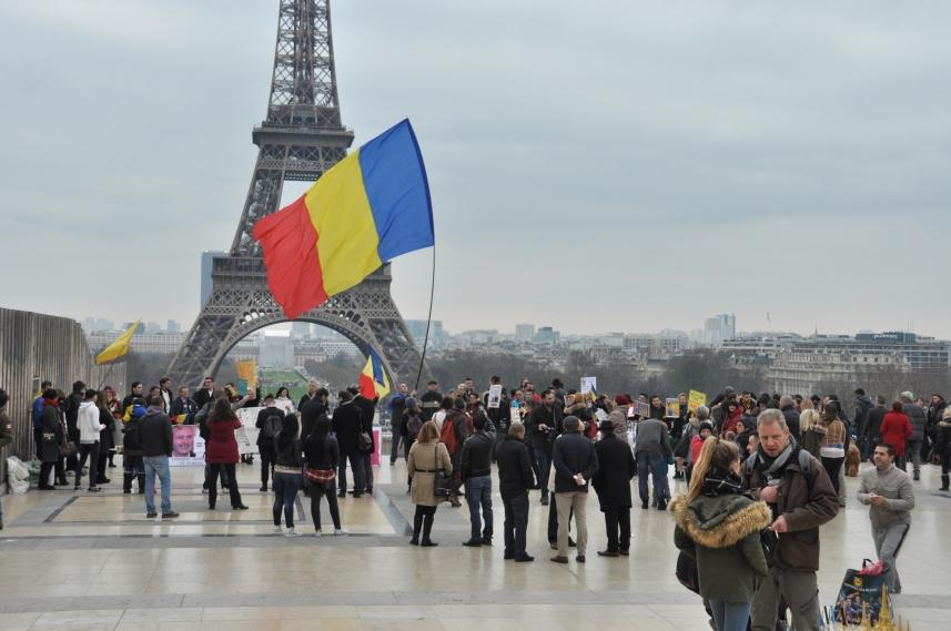 Paris_proteste_Romania_Alla_Tofan_PoliticALL01