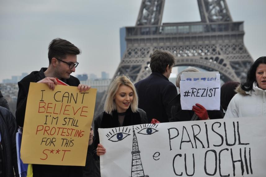 Paris_proteste_Romania_Alla_Tofan_PoliticALL11