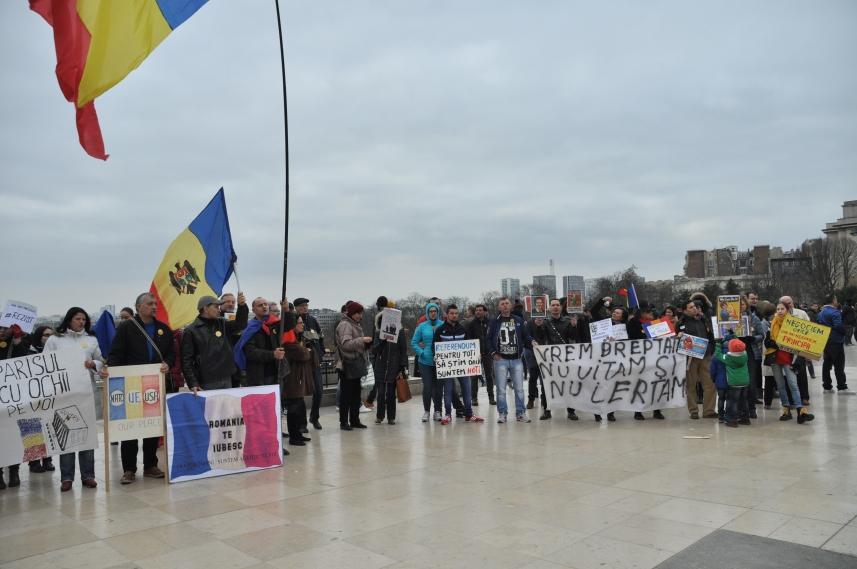 Paris_proteste_Romania_Alla_Tofan_PoliticALL13