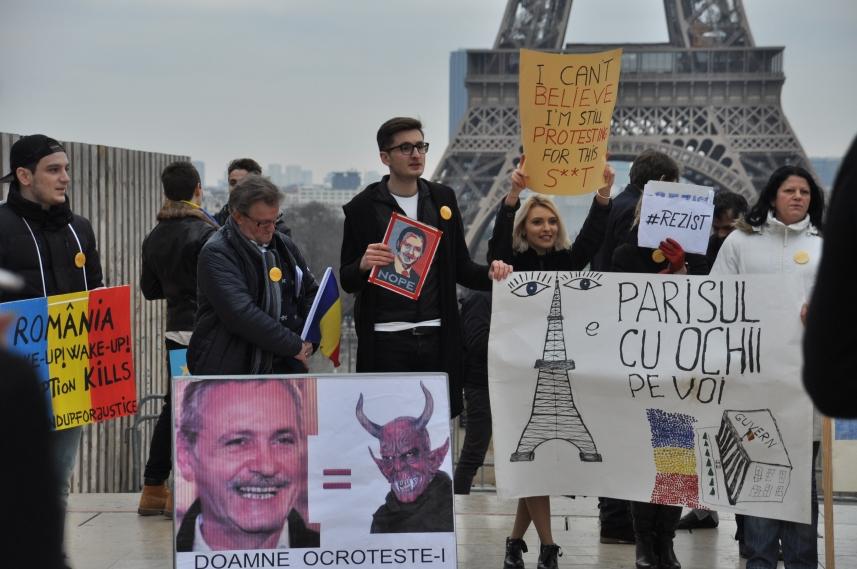 Paris_proteste_Romania_Alla_Tofan_PoliticALL16