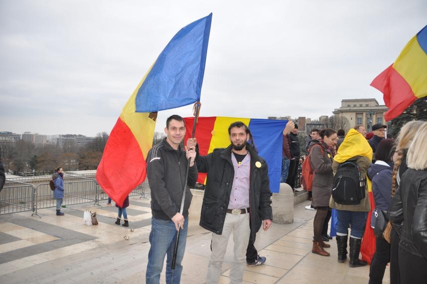 Paris_proteste_Romania_Alla_Tofan_PoliticALL20