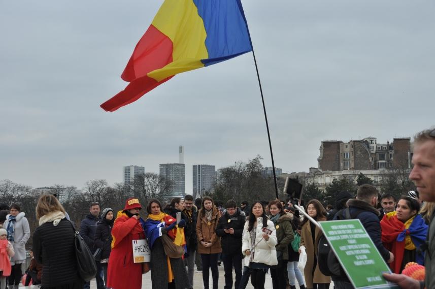 Paris_proteste_Romania_Alla_Tofan_PoliticALL24