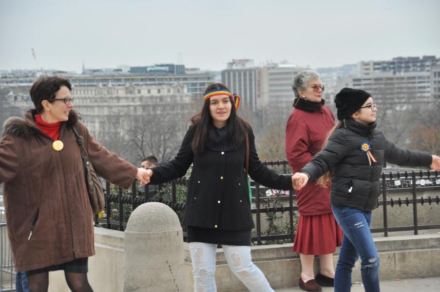 Paris_proteste_Romania_Alla_Tofan_PoliticALL26