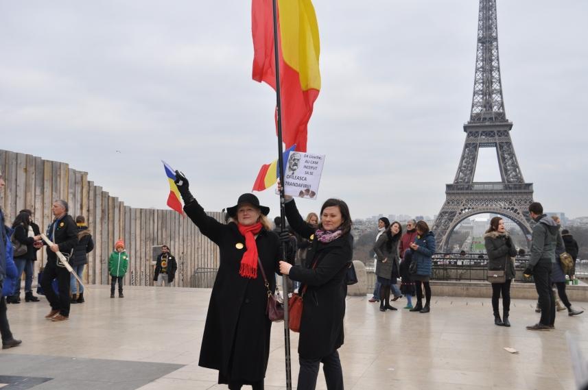 Paris_proteste_Romania_Alla_Tofan_PoliticALL33