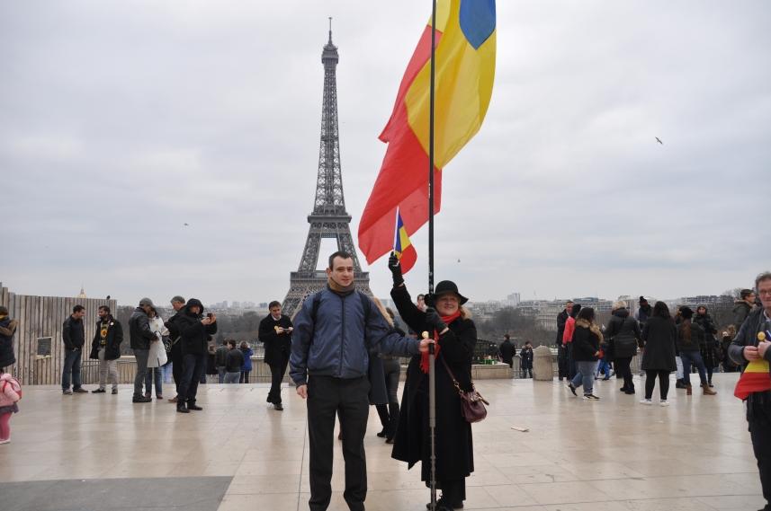 Paris_proteste_Romania_Alla_Tofan_PoliticALL34